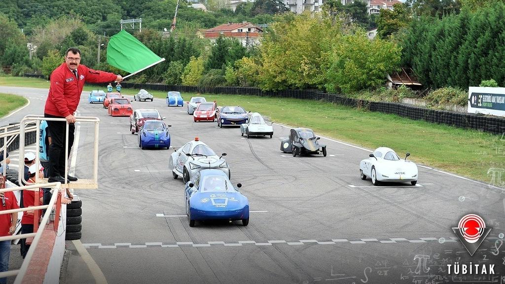 """""""Gökbörü"""", TÜBİTAK'ın Elektrikli Araç Yarışları'nda ilk 10'a girmeyi başardı."""
